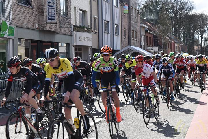 Jaarlijkse cyclowedstrijd Molenheidevrienden