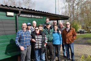Jan met een aantal van de vrijwilligers