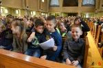 53 Essen - Leerlingen Mariaberg zingen voor volle kerk - Kerst 2017 - (c) Noordernieuws.be - DSC_8495