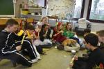 165 Leerlingen Freinetschool Essen vieren hondje Lewis 3 jaar - (c) Noordernieuws.be 2019 - HDB_2117