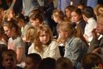 131 Essense schoolkinderen zingen Can You Feel It - (c) Noordernieuws.be 2020 - HDB_9875