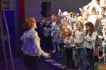 181 Essense schoolkinderen zingen Can You Feel It - (c) Noordernieuws.be 2020 - HDB_9925