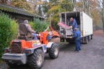16 - Broeder Willy - 35 jaar missiewerken Paters Redemptoristen Essen - (c) Noordernieuws.be 2018 - onze oude vrachtwagen lossen. sinds 2014 hebben we een andere - s