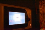 110 Gouverneur Antwerpen - Cathy Berx test alcoholtester in Cafe Rex Essen - (c) Noordernieuws.be 2020 - HDB_0784