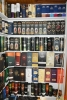 Marc Van Goethem - Verzamelaar Whiskykokers - Whisky Sleeves - (c) Noordernieuws 2020 - HDB_1344