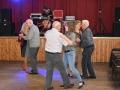 08 Gezellig dansen in Zaal Flora - ©Noordernieuws - DSC_3090