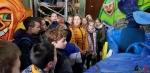 134 Carnaval Kinderen Bezichtigen wagen CV Den Heikant - Essen - (c) Noordernieuws.be 2020 - 20200220_104934