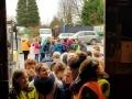 119 Carnaval Kinderen Bezichtigen wagen CV Den Heikant - Essen - (c) Noordernieuws.be 2020 - 20200220_095457