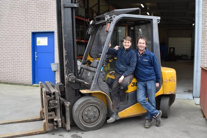 Frank Debacker van Recyclage Debacker opent deuren in Nieuwmoer