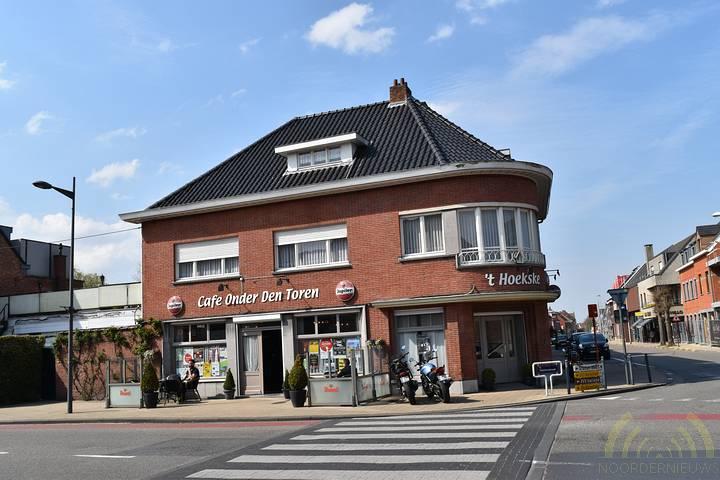 Café's in Essen: Onder Den Toren
