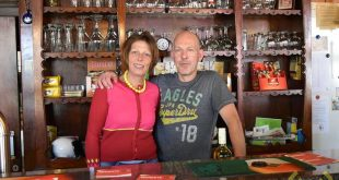 Jeugd cafe in Essen - Volksvriend - Win en Ann - Wildert - (c) Noordernieuws.be dsc_1499