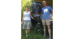 Tony Verhulst en Sofie Goetghebeur vangen gepensioneerde olifanten op