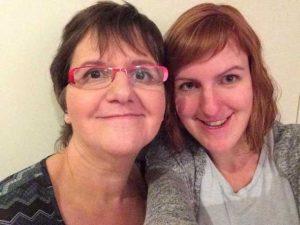 Sophie met haar moeder Chantal