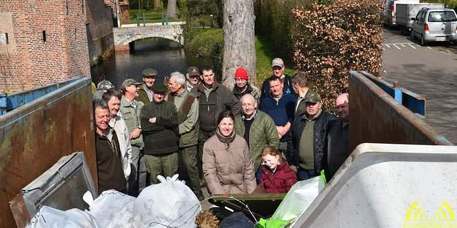 Jachtvrienden WBE ruimt vuil - DSC_7195 - Noordernieuws.be q65