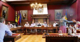 Clash tussen raadslid Bevers (N-VAPLE) en burgemeester Van Tichelt (CD&V)