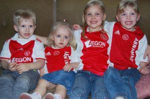 Van links naar rechts Sander, Lies, Caro, Yana