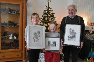 Fons met zijn kleindochters Raquel (links) en Roxanne