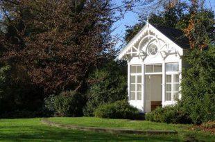 Mag je een tuinhuis of bijgebouw plaatsen zonder vergunning
