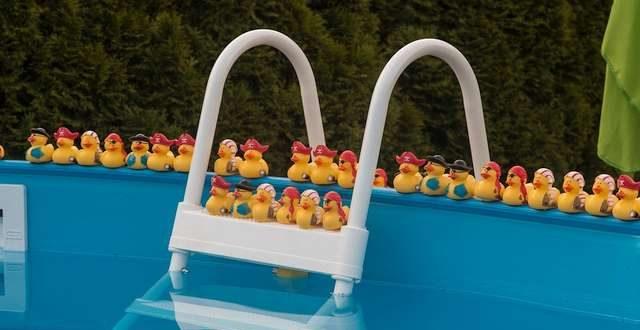 Een zwembad in je tuin de do s en don ts