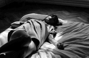 Koel slapen tijdens warme nachten - 10 verkoelende tips