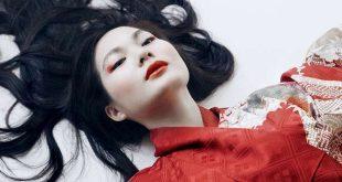 Japans fotomodel exposeert met Jorg Van Daele-