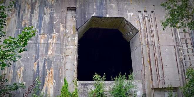 Bunker zoekt...