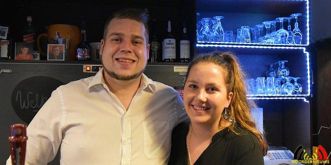 Achter de toog - Kenneth Huybregts met zijn Amy - Opening Cafe Pullman Kalmthout - (c) Noordernieuws.be 2018 - HDB_1226