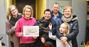 Hondenschool KV Brabo schenkt 5300 euro aan Dierenasiel Canina in het kader van De Warmste Week - (c) Noordernieuws.be - HDB_1330