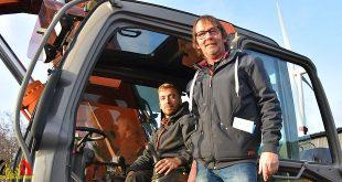 Recyclage Debacker en Zoon - Actie De Warmste Week - (c) Noordernieuws.be - HDB_1324s80