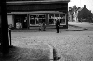 Kruidenierswinkel hoek Steenovenstraat Kalmthoutsesteenweg ©Heemkundige Kring Essen