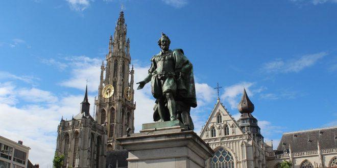Wandeling in het historisch centrum van Antwerpen