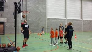 Esbac geeft iedereen een kampioenengevoel bij G-basketinitiatie2