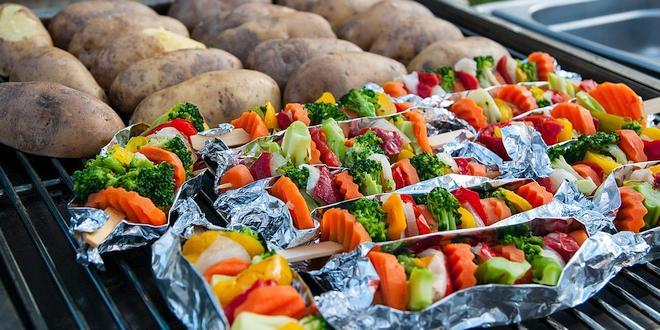 Vega vegan BBQ bij Stichting Dier en Project