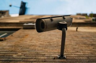 Mag je camera aan je voordeur hangen