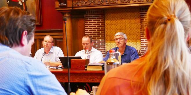 Gemeenteraadsvergadering Essen - 27-8-209 (c) Noordernieuws.be - P1030828