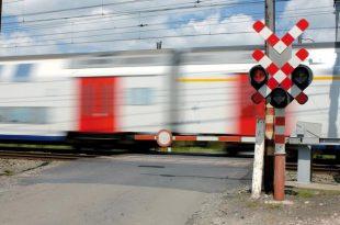 Spooroverweg aan de Paviljoenweg in storing