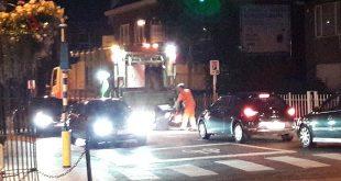 Vuilnismannen 's avonds aan het werk bij warm weer - Essen - (c) Noordernieuws 2019 - 20190829_211949