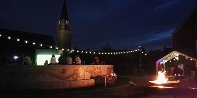 Open Air Bioscoop in Openluchttheater Nispen.