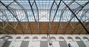 Innovatieve zonnepanelen voor Douaneloods