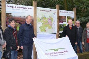 Nieuwe borden verwelkomen bezoekers bij Grenspark Kalmthoutse Heide