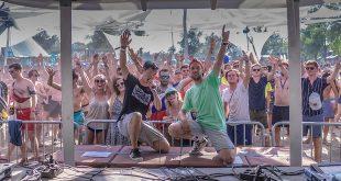 Brasschaatse DJ treedt op in Franse skioorden en op Hongaars zomerfestival