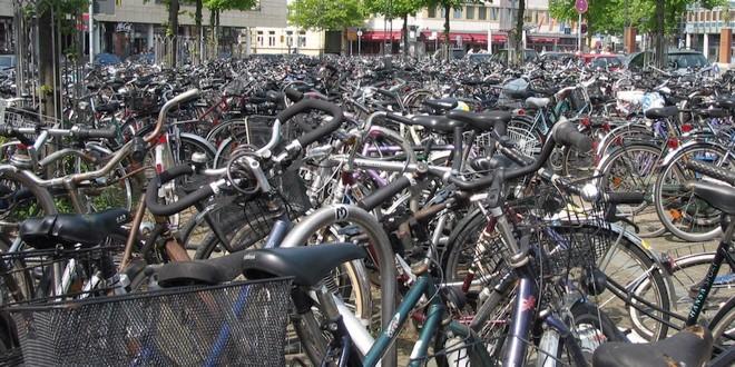 Fietsendief aangehouden op Stationsplein Roosendaal