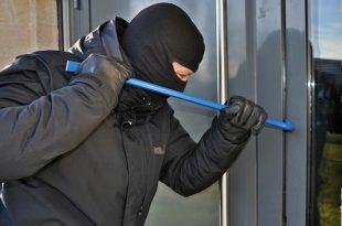 Drie inbrekers aangehouden bij bedrijf