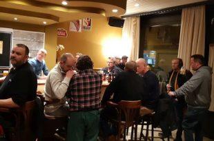 't Volkshuis - Cafe's in Essen dicht vanwege verordening Corona - 20200313_201416
