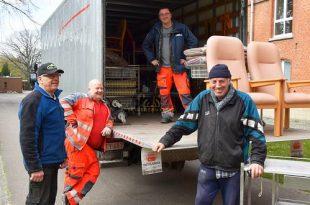 Broeder Willy Essen levertziekenhuis bedden aan ZH Klina Brasschaat ivm corona - (c) Noordernieuws.be - HDB_1009u2