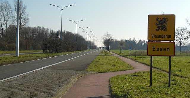 Grens met Nederland gaat stukje bij beetje weer open