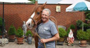 Cyriel Van Oers met pony Rosalien - (c) Noordernieuws.be - HDB_1461u