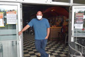 Genieten na lockdown in cafés Essen - Café Rex - Gert Raijmaekers - (c) Noordernieuws.be - HDB_1399