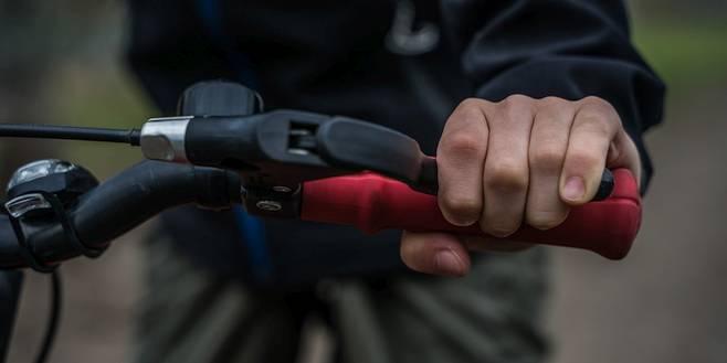 Kruispunt Klein Veerle en Groot Veerle wordt veiliger voor fietsers-