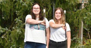 Bregtje en Jessica Broos - Hobby Twirling